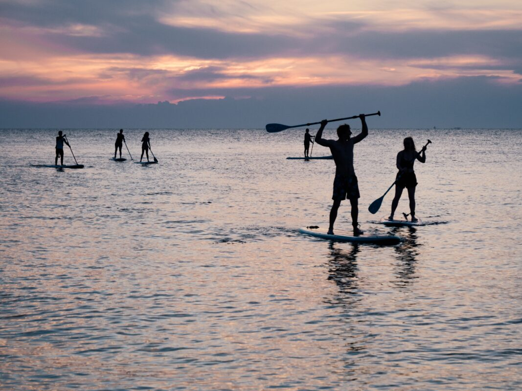 what to bring paddle boarding
