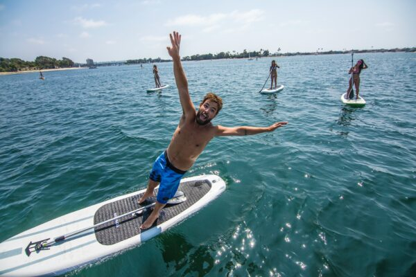 how to get back on paddle board after falling